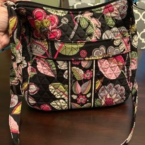 Vera Bradley Crossbody or shoulder bag